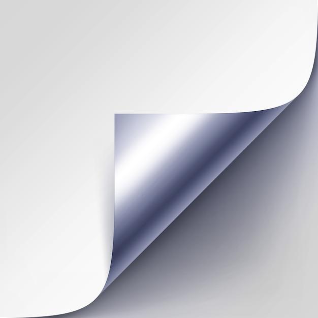 Gekrulde zilveren metalen hoek van wit papier met schaduw close-up geïsoleerd op grijze achtergrond Premium Vector