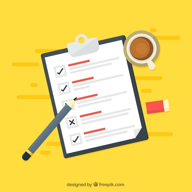 Gele achtergrond met checklist en koffiekop Gratis Vector