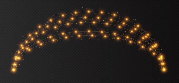 Gele slinger boog, kerstverlichting geïsoleerd op een donkere transparante achtergrond. kerstdecoratie met gloeilampen. Premium Vector