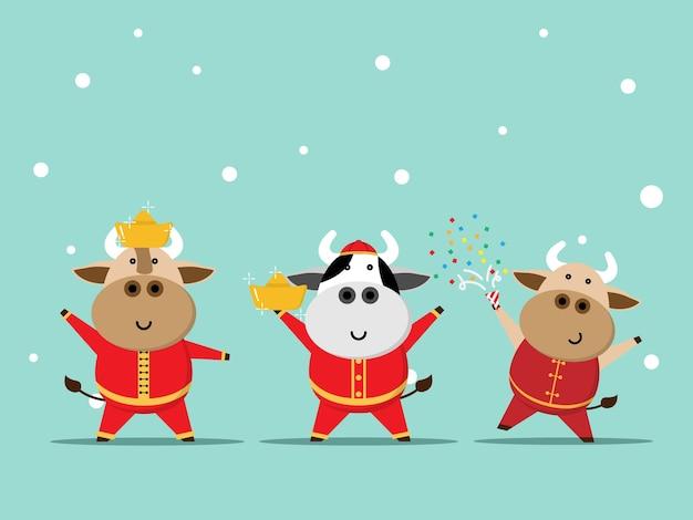 Gelukkig chinees nieuwjaar, jaar van os leuke koe in rood kostuumbeeldverhaal Premium Vector
