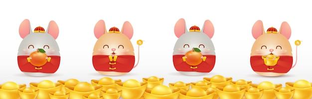Gelukkig chinees nieuwjaar van de rat. vier kleine stripfiguur ratten met chinese gouden baar geïsoleerd. Premium Vector