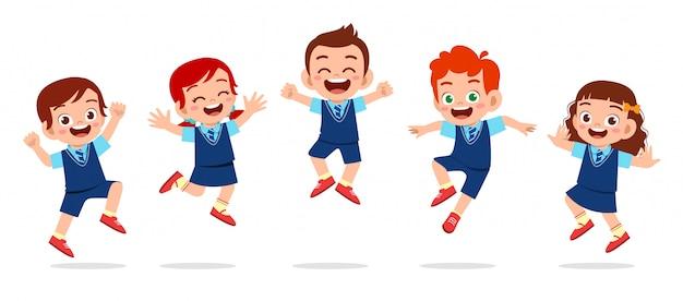 Gelukkig schattige kinderen jongen en meisje springen Premium Vector