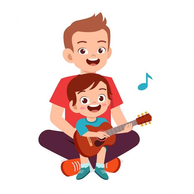 Gelukkig schattige kleine jongen jongen speelt gitaar met papa Premium Vector