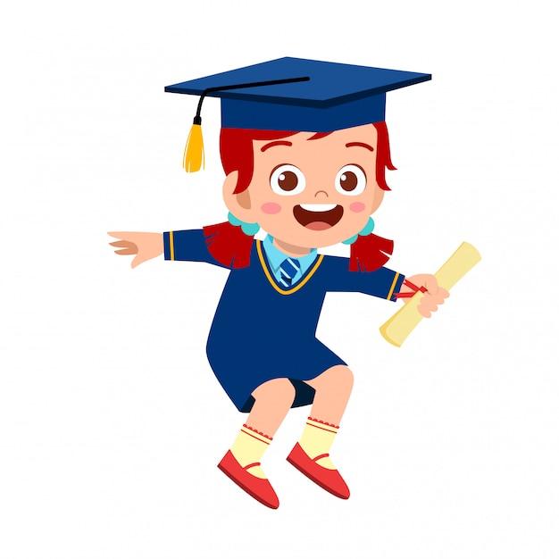 Gelukkig schattige kleine jongen meisje afgestudeerd aan school Premium Vector