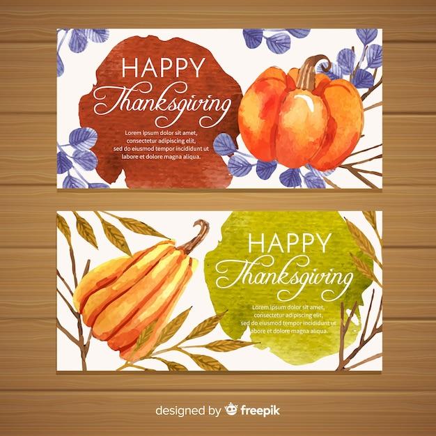 Gelukkige die thanksgiving banner in vlak ontwerp wordt geplaatst Gratis Vector