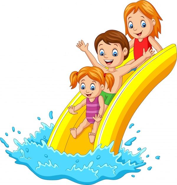 Gelukkige familie spelen waterglijbaan Premium Vector