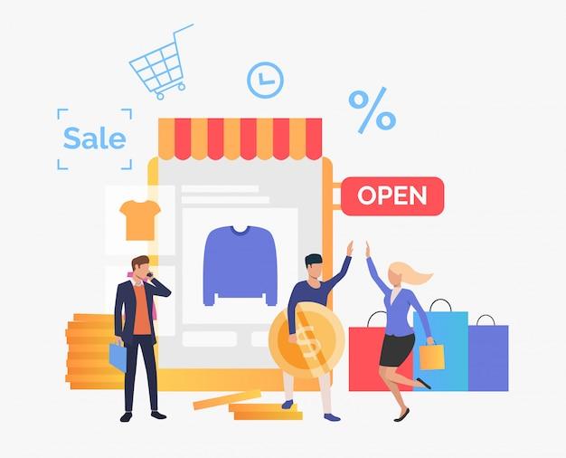 Gelukkige mensen die kleren in online winkel kopen Gratis Vector