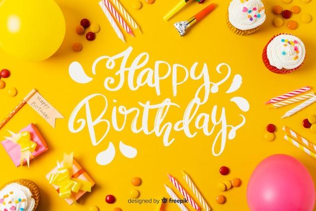 Gelukkige verjaardag belettering met foto Gratis Vector