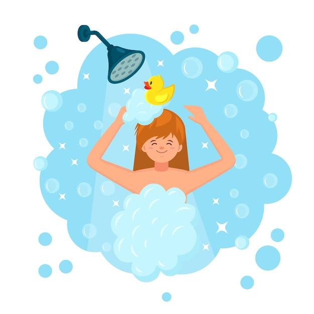 Gelukkige vrouw die douche in de badkamer met rubberen eend. was hoofd, haar en lichaam met shampoo, zeep Premium Vector