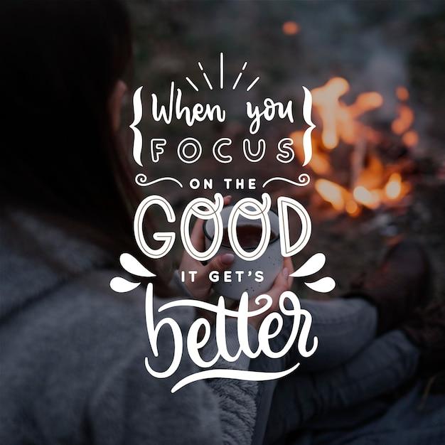 Goed krijgt betere positieve belettering Gratis Vector