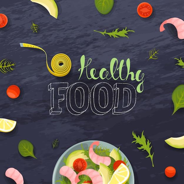 Groente en garnalen verse slakom bovenaanzicht. fitness rantsoen dieet meetlint. tomaat, avocado, sla op schoolbordachtergrond. gezonde voeding belettering Premium Vector