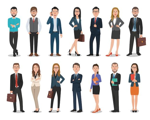 Groep bedrijfsmannen en bedrijfsvrouwenkarakters die in bureau werken Premium Vector