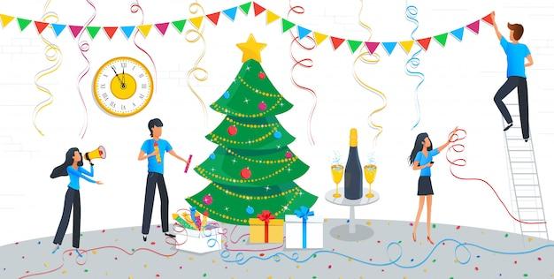 Groep van mensen uit het bedrijfsleven kerstboom versieren Premium Vector