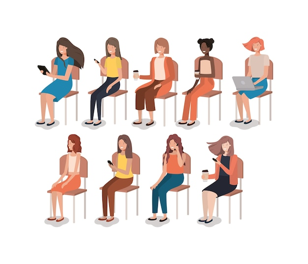 Groep vrouwen die smartphonizitting als voorzitter gebruiken Premium Vector