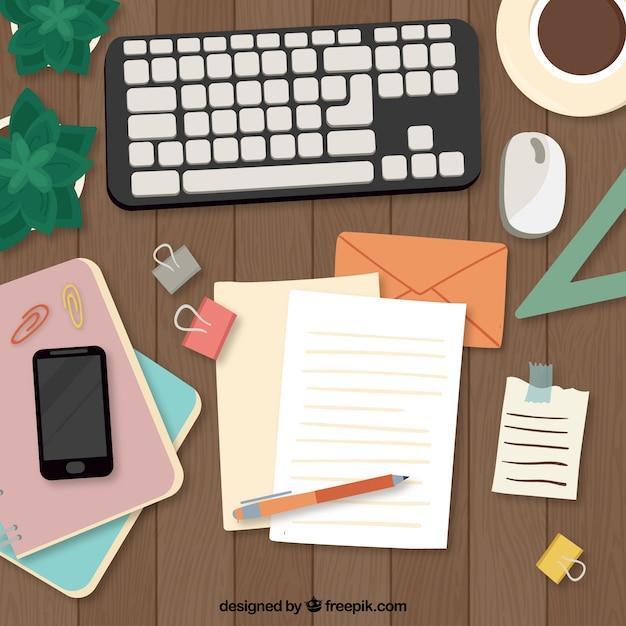 Hand getekend bureau met toetsenbord en documenten Gratis Vector