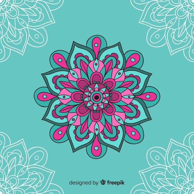 Hand getrokken decoratieve mandala achtergrond Gratis Vector