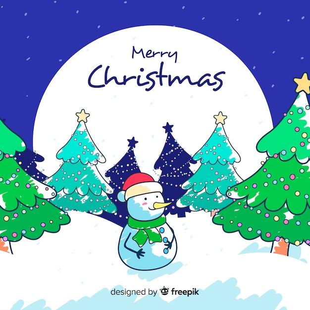 Hand getrokken kerstmisachtergrond en sneeuwman buiten Gratis Vector