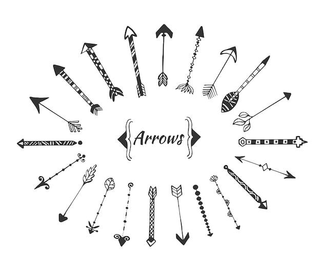 Hand getrokken pijleninzameling met inkt vectorelementen voor uitnodigingsdecoratie. Premium Vector
