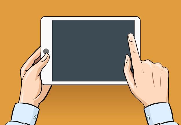 Handen houden en aan te raken op digitale tablet in vintage stijl. communicatie en computer, internet, mobiel elektronisch Gratis Vector