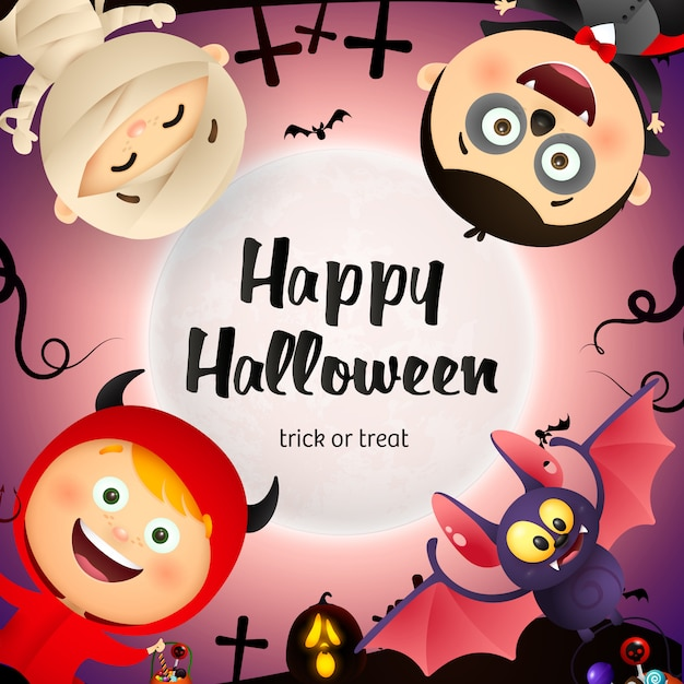 Happy halloween belettering, vleermuis, kinderen in monsters kostuums Gratis Vector