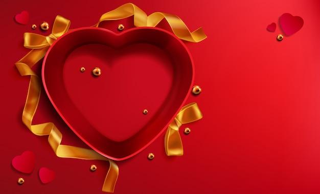 Hartvormige rode open geschenkdoos, gouden lintparel Gratis Vector
