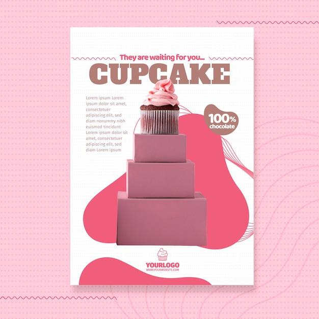 Heerlijke cupcake folder sjabloon Gratis Vector