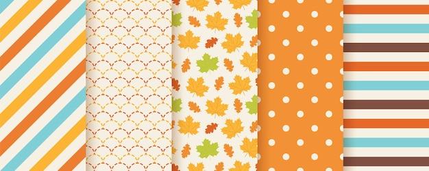 Herfst patroon. . naadloze print met herfstbladeren, polka dot, strepen en vissenschubben. seizoensgebonden geometrische texturen. kleurrijke cartoon illustratie. leuke abstracte achtergronden. oranje behang. Premium Vector