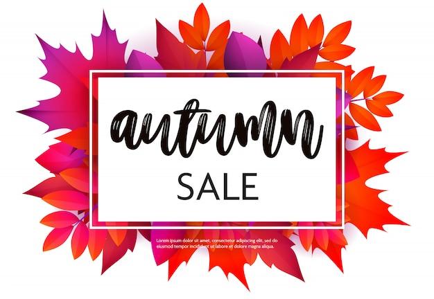 Herfst verkoop flyer met paarse en rode bladeren Gratis Vector