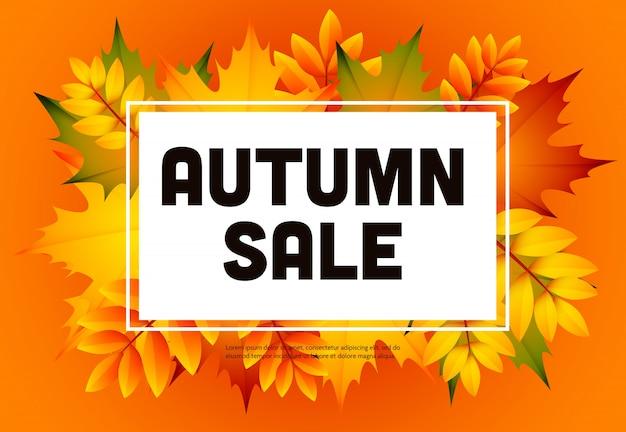 Herfst verkoop oranje flyer met hoop bladeren Gratis Vector