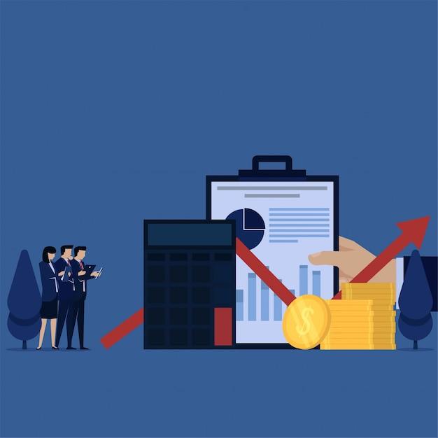 Het commerciële team bespreekt het berekenen van winst en financieel rapport. Premium Vector