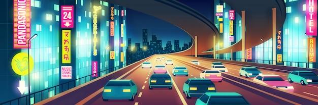 Het nachtlevenbeeldverhaal van de metropool met auto's die op vier-weg weg of snelweg gaan die met heldere neonuithangborden bij nachtillustratie wordt verlicht. stad buiten Gratis Vector