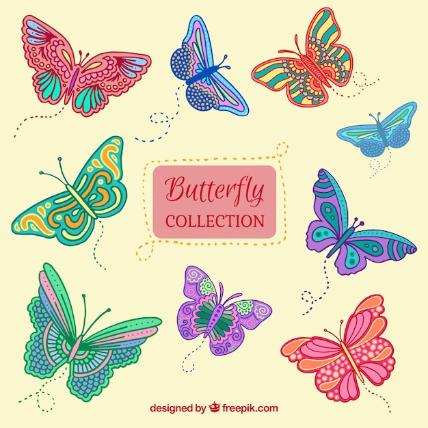 Het verzamelen van de hand getekende vlinders Gratis Vector