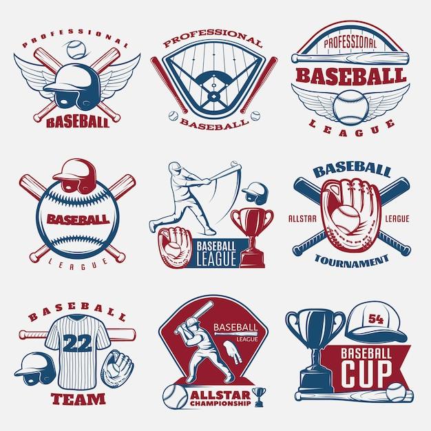 Honkbal gekleurde emblemen van teams en toernooien met trofee sportveld en outfit geïsoleerd Gratis Vector