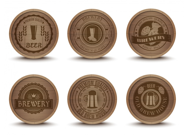 Houten bier emblemen matten pictogrammen instellen Gratis Vector