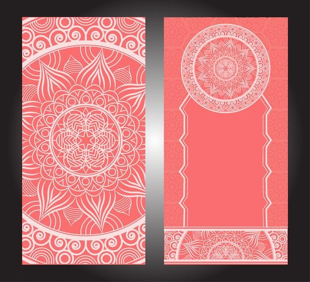 Indiase floral paisley medaillon patroon. etnische mandala ornament. vector henna tattoo-stijl. kan worden gebruikt voor textiel, wenskaart, kleurboek, telefoon geval afdrukken Premium Vector