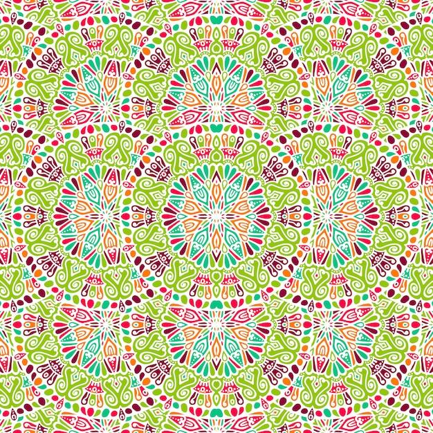 Indiase floral paisley medaillon patroon Gratis Vector