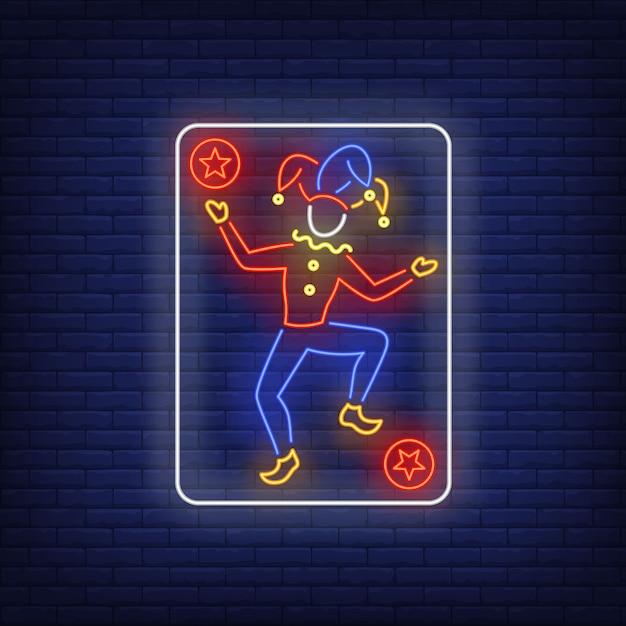 Joker speelkaart neon sign. Gratis Vector