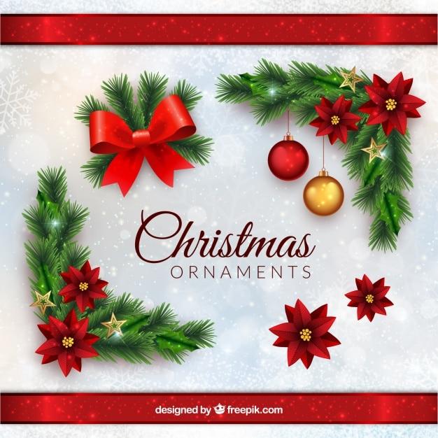 Kerst ornamenten in realistische stijl Gratis Vector