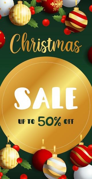 Kerst sale flyer ontwerp met gouden label Gratis Vector