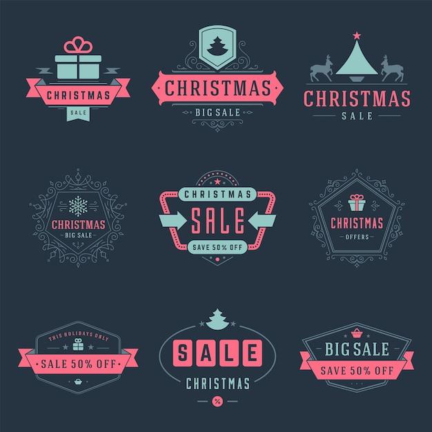 Kerst verkoop labels en badges met tekst typografische decoratie vector vintage ontwerpstijl ingesteld voor banners, promotiebrochures, vakantie korting posters, winkelen reclame flyers Premium Vector