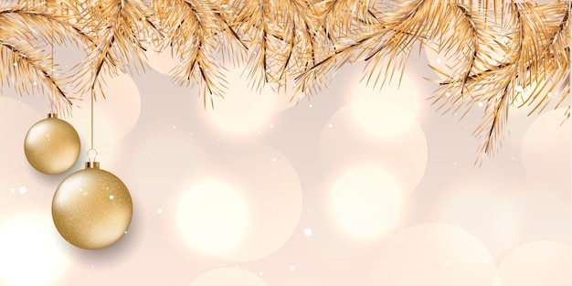 Kerstbanner met elegant ontwerp met gouden pijnboomtakken en hangende snuisterijen Gratis Vector