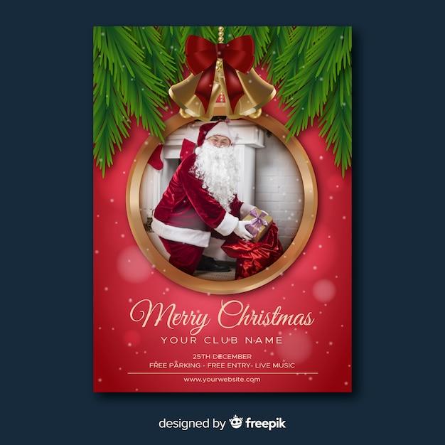 Kerstfeest flyer en de kerstman Gratis Vector