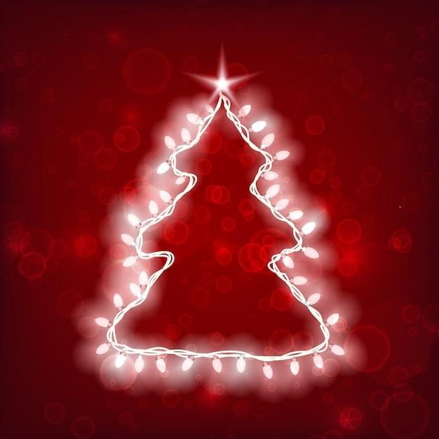 Kerstmissjabloon met boomsilhouet en lichte lichtgevende slinger op rood Gratis Vector