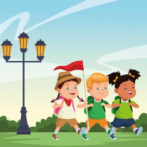 Kinder- en zomerkampcartoons Gratis Vector