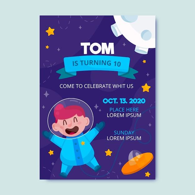 Kinder verjaardagsuitnodiging met astronaut sjabloon Gratis Vector