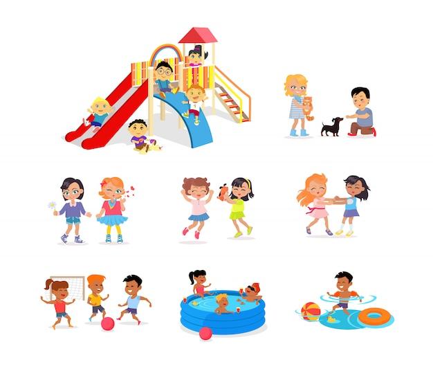 Kinderen die tijd doorbrengen op kleurrijke speelplaats Premium Vector