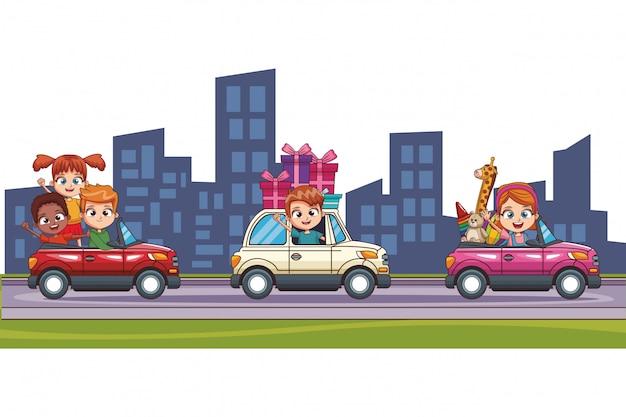 Kinderen rijden auto in de stad Premium Vector