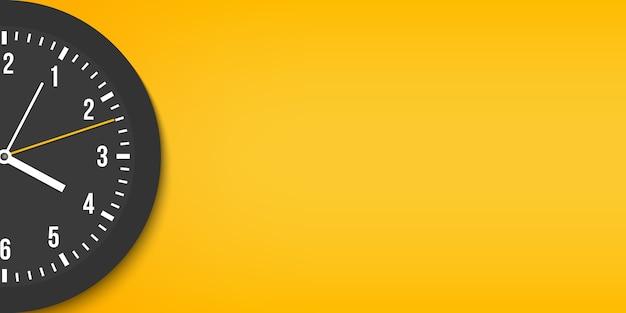 Klassieke wandkantoorklok, tijd, met de klok mee. Premium Vector