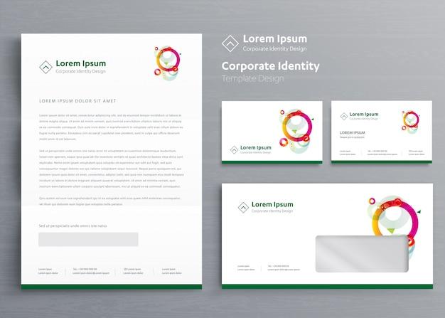 Klassieke zakelijke briefpapier zakelijke identiteit Premium Vector