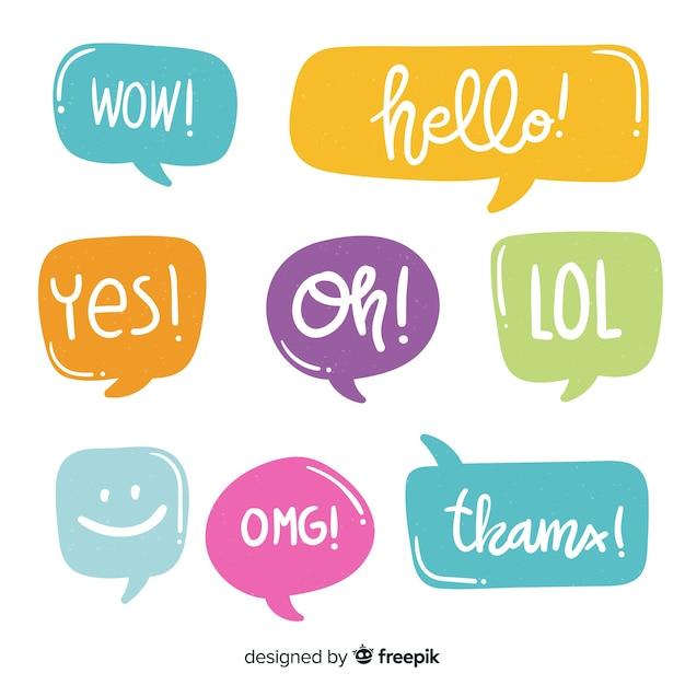 Kleurrijke tekstballonnen met verschillende uitdrukkingen Gratis Vector
